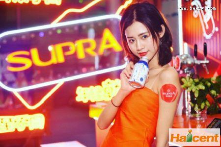 广州亚洲威廉希尔app网站文化节:珠江威廉希尔app网站推出雪堡白啤主题罐