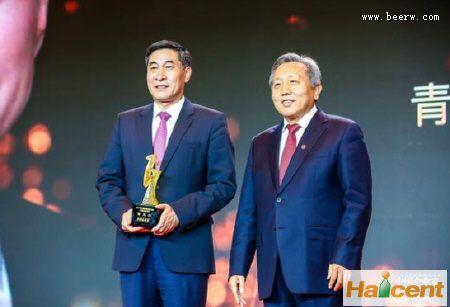 """青啤董事长黄克兴获称""""最具影响力企业领袖"""""""