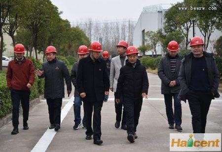 雪花雷竞技app官网生产中心总经理肖乾虎参观调研苏垦麦芽公司