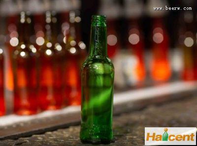 嘉士伯推出低碳啤酒瓶